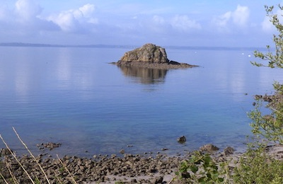 Photo : the Roche Mignonne island